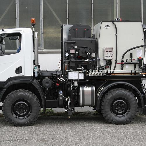 Medium hk1000 1
