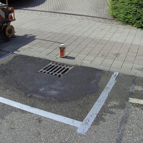 Medium fluessig asphalt regeneinlaufangleichung